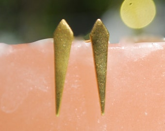 Spire Stud earrings, eco-friendly sterling silver or 14kt gold vermeil.  Ear Sheild Modern Shape Handcrafted by Chocolate and Steel