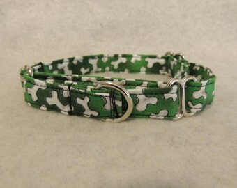 "Medium Martingale Dog Collar 3/4"" Wide 15-23"" Green w/ Bones"