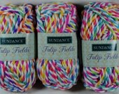 Lot of 3 skeins Sundance Tulip Fields Super Bulky Acrylic Yarn - Flaming Kiss