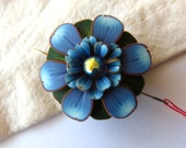 Blue Flower Needle Minder, Needle Nanny