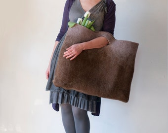 EXTRA LARGE Rusty Tan Sturdy Everyday Art Bag / Carryall / Tote / Basket / Shopping / Market / Picnic / Hand felted wool / Wearable Art
