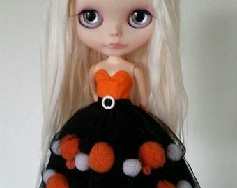 Halloween tiered pom-pom dress for Blythe and Pullip
