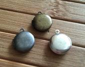 10x Small round plain locket 12x12 mm - code 228.673