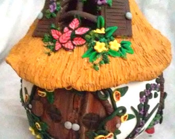Fairies  house  Unique hand sculpted Gift Ideas with LED Flameless Tealight Candles holder home's Doll & Miniatures