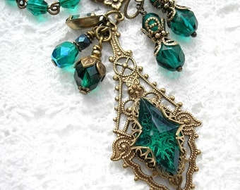Enchanting Emerald - Glass Jewel Antiqued Brass Necklace and Earring Set - Victorian Style Jewelry