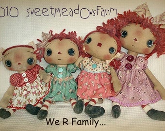 Primitive Epattern 4 sizes of Raggedy dolls