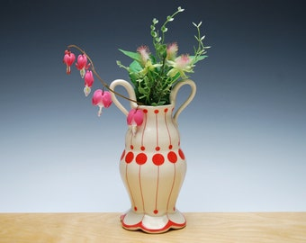 Bud vase in Ivory gloss w. Red polka dots & detail, Victorian modern Home decor
