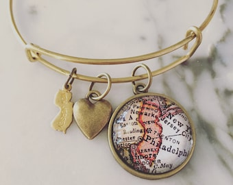 New Jersey Map Charm Bangle Bracelet - Personalized Map Jewelry - Bangle - Newark - Elizabeth - Jersey Shore - Atlantic City - Jersey Girl