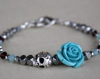 Skull Charm Bracelet, Flower Bracelet, Gift For Her, Dark Romance, Gift For Girlfriend, Gift For Wife, Gift Ideas, Valentine's Day Gift