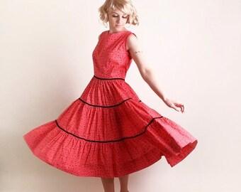 ON SALE Vintage 1950s Patio Dress - Full Circle Skirt Rockabilly Gal Cotton Dress - Large