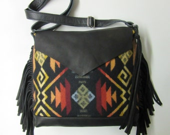 Wool Messenger Shoulder Bag Purse Adjustable Leather Strap Fringed 6 Pockets Native American Bag Print from Pendleton Oregon