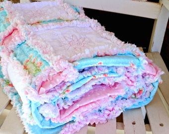 "Handmade Rag Quilt, Shabby Cottage Chic, ""Cotton Candy"""