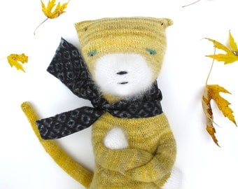 Señor Gato, hand knit cat doll, Mr. Cat, Yellow and White Cat