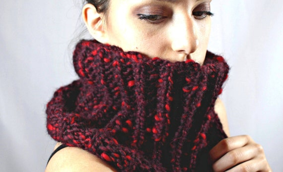 100% merino wool snood cowl scarf neckwarmer for men women hand knit burgundy wine red neck warmer chunky unisex natural country scarves red
