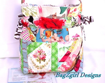 Quilted-Patchwork-Aqua Roses-Birds-Handbag -adjustable-Beach-Bag-Messenger -BagZGirl