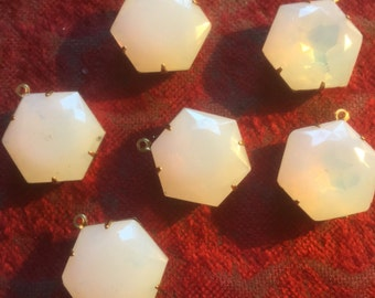 Vintage Glass Beads (1)(20mm) Creamy Whie Opal Rare Shape Pendant Charm (just a little shabby Chic)