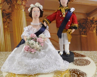 Queen Victoria and Prince Albert British Royals Miniature Diorama Art Doll Set Collectible