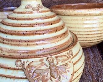 Ceramic Cookie Jar - Bee - Handmade Biscuit Jar - Wheel Thrown Jar - Honey Pot