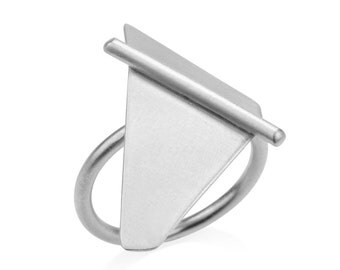 Ellen Ring, Silver Statement Ring, Silver Triangle Ring, Geometric Silver Ring, Minimalist Silver Ring, Silver Cocktail Ring, Bold Ring