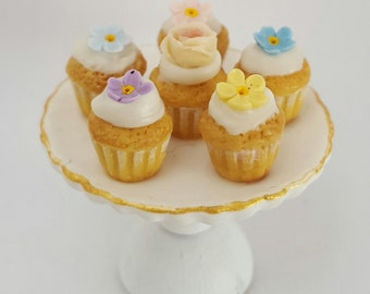 1/12 scale tray with fairy Cupcakes