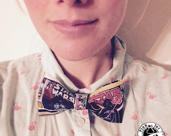 HAIR BOW // Retro Star Wars // Comic Book Fabric // Clip on Bow Tie // Wedding Accessory