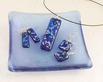 Dragonfly EARRINGS and/or PENDANT - Leverback or Clip  - Dichroic glass - fused glass earrings...SWEET (4423-4424-4425)