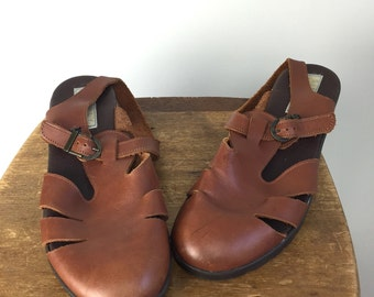 Vintage CAGE Shoes • 1990s Footwear • Women Size 7.5 8 Cut Out Brown Leather Wedge Sandals • 90s Chunky Block Heel Mule Ankle Buckle Strap