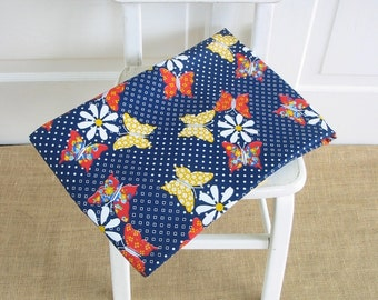 Vintage Fabric Yardage, Vintage Butterfly Daisy Fabric, Blue Fabric Yardage, Butterfly Yardage