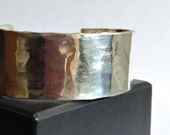 Hammered Sterling Silver Cuff Bracelet - 25th Anniversary Gift - Modern Minimal Cuff Bracelet
