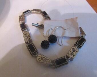 black dots bracelet