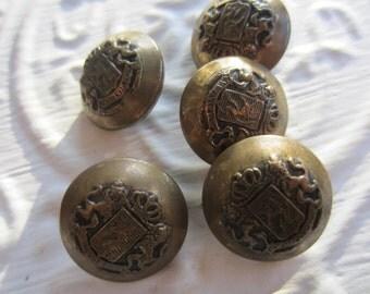 Vintage  Buttons - 5 medium matching, royal lion crested design, bronze metal (lot no.apr 96b)