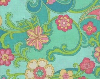 Modern Floral 100% Cotton Quilt Fabric -  Fat Quarter