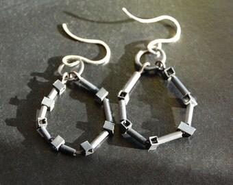 7 Box Hoops Earrings