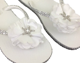 Bridal Flip Flops - Starfish Flip Flops - Bridal Sandals - Beach Wedding - Star Fish Flip Flops  - Destination Wedding - Beach Slippers