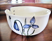 Large Yarn bowl, knitting bowl, yarn organizor with flower, gift for knitter, glory of the snow - In stock