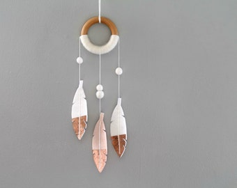 Small Luxe Dream Catcher. Pale Peach Felt Feather Dreamer. Luxe Shimmer DreamCatcher. Dipped Feather Modern Tribal Nursery Decor.