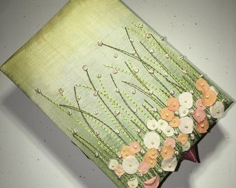 Field Flowers Jewelry Box