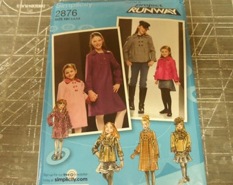 Simplicity 2876 Project Runway Girls Coat Jacket and Hat Pattern Sizes 3,4,5,6 UNCUT