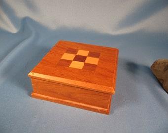 WOOD BOX, New Zealand Timber Art Cherry Walnut Maple Box, Square Box Made in New Zealand,Small Decorative Box of Maple Walnt Cherry,keepsake