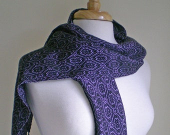 Lavender and black handwoven tencel scarf