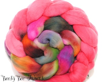 WOODLAND GNOME with RED - Domestic Merino Hand-Dyed Hand Painted Combed Top Wool Roving Spinning Felting fiber - 4 oz