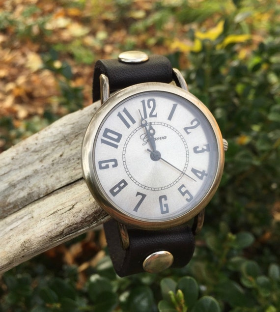 Hand-Crafted English Autumn Traditional Leather Watch in Black