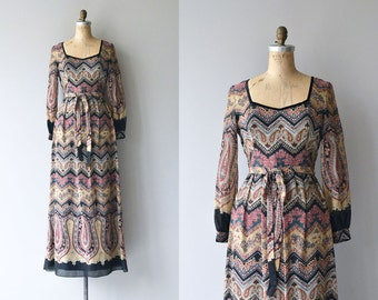Tannekatya dress |  vintage 1970s maxi dress | printed bohemian 70s dress