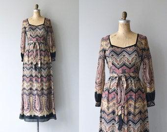 Tannekatya dress |  vintage 1970s maxi dress | printed bohemian 70s dress