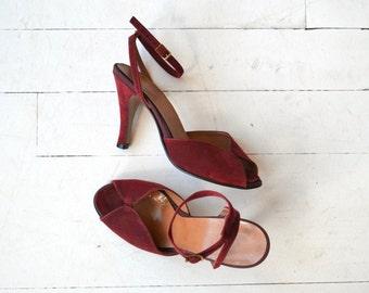 Mya suede peeptoe heels | vintage 1970s heels | wine ankle strap 70s heels 6