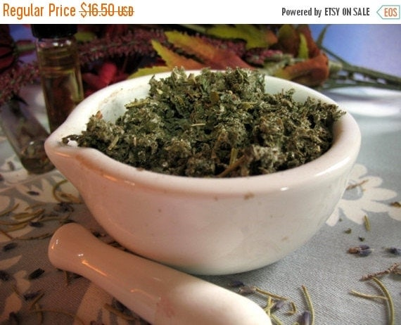 Sale Red Raspberry Leaf 1 pound for tea blending, salve and crafts