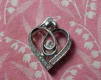 Vintage 925 Sterling Loving Heart Crystal Sparkle Pendant