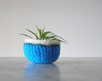 Tiny Felted Wool Dish - Air Plant Planter - Ring Dish - Jewelry Bowl - Scratch Free - Turquoise, Green, and White Bowl - Ready to Ship