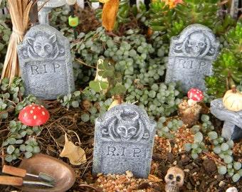 Halloween Miniature Fairy Garden  RIP Tombstone Grave Marker  horned gargoyle   skeleton  terrarium miniature ceramic