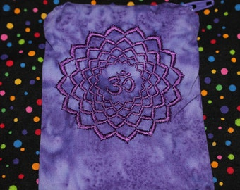 Crown Chakra Mojo Bag - Mojo Bag - Crown Chakra - Medicine Bag - Seven Chakras - Healing Crystals - Crystal Healer Tools - EMBROIDERED